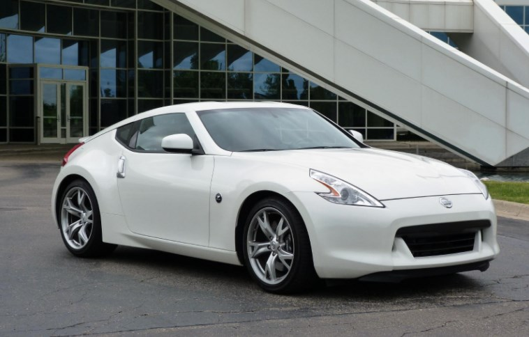 2011 Nissan 370Z Owners Manual