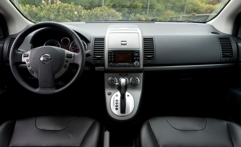 2012 Nissan Sentra Interior HD Wallpaper
