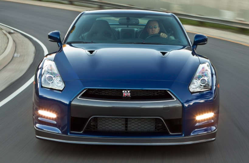 2013 Nissan GT-R Owners Manual
