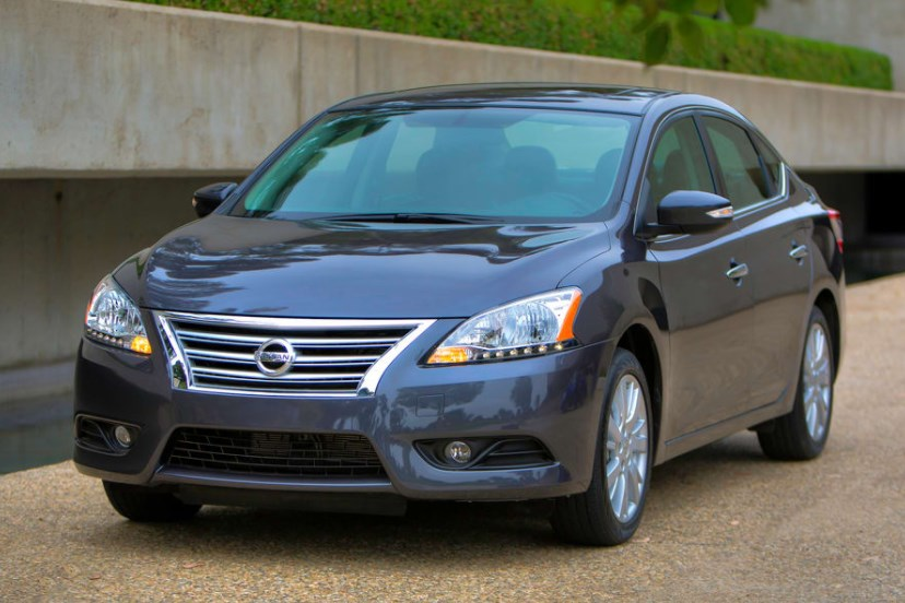 2013 Nissan Sentra Owners Manual