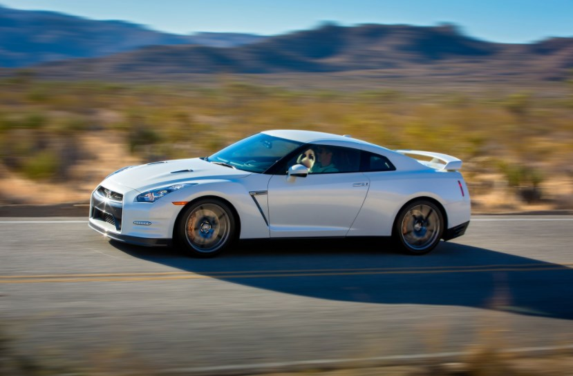 2014 Nissan GT-R Owners Manual