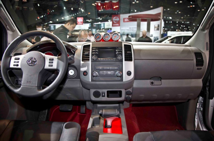 2016 Nissan Frontier Interior HD Wallpaper