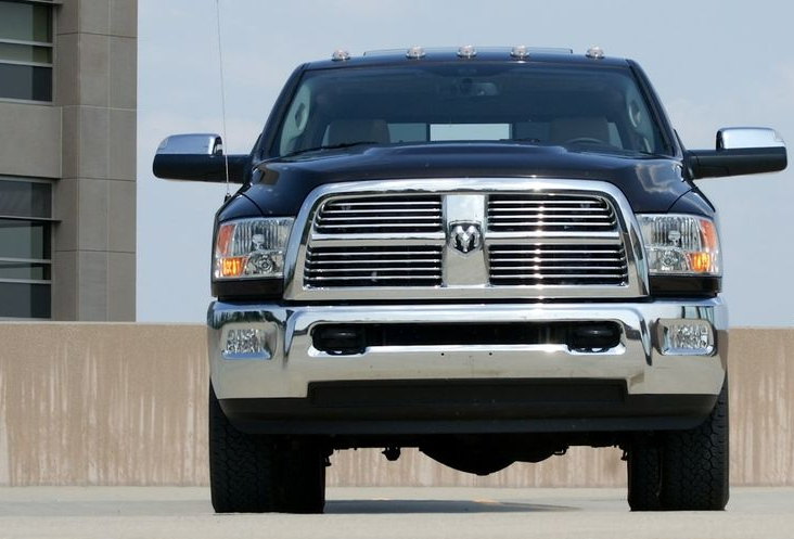 2010 Dodge Ram HD Owners Manual