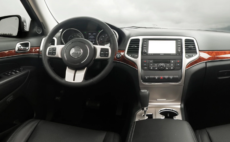 2011 Jeep Grand Cherokee Interior and Redesign
