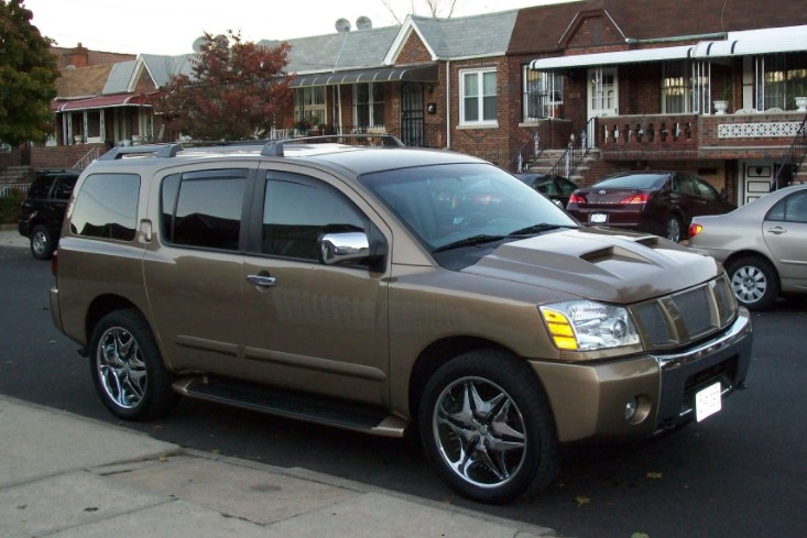 2004 Nissan Armada Owners Manual