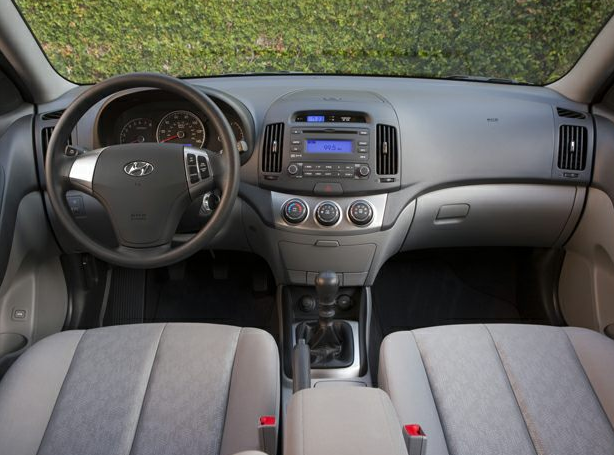 2010 Hyundai Elantra Interior and Redesign