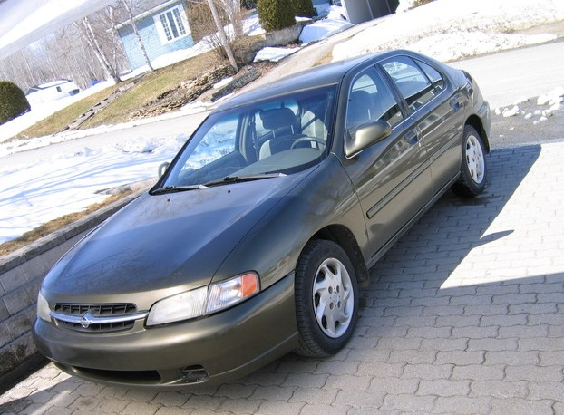 1998 Nissan Altima Owners Manual