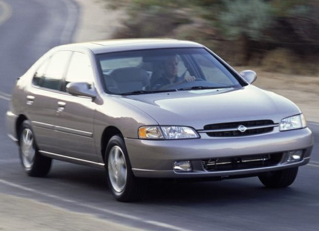 1999 Nissan Altima Owners Manual