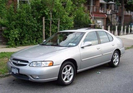 2000 Nissan Altima Owners Manual
