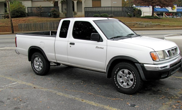 2000 Nissan Frontier Owners Manual