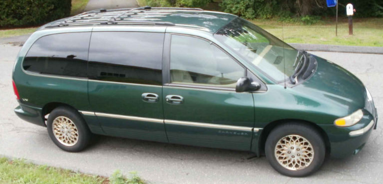 1998 Chrysler Town & Country Owners Manual
