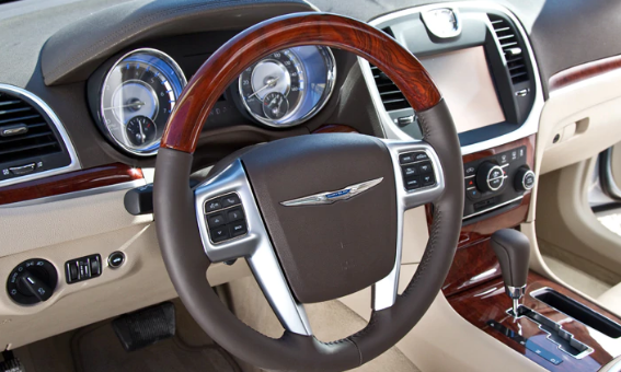 2011 Chrysler 300C Interior and Redesign