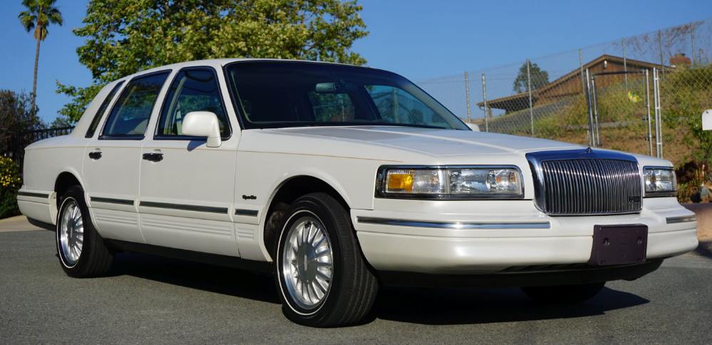 1997 Lincoln Town Car Owners Manual