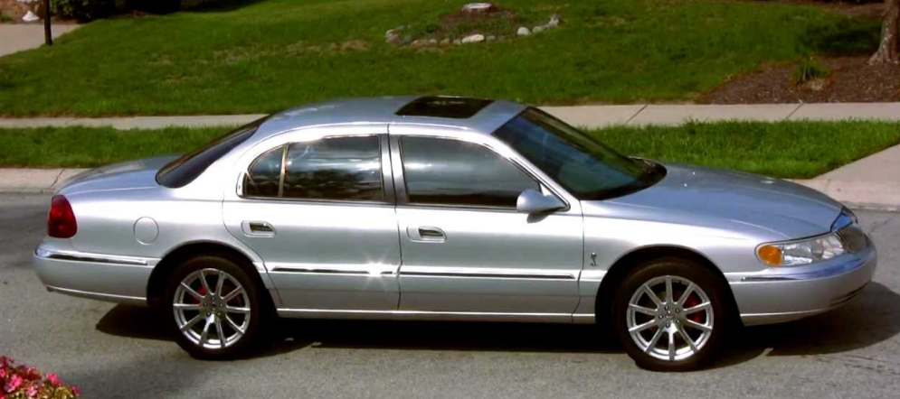 2001 Lincoln Continental Owners Manual