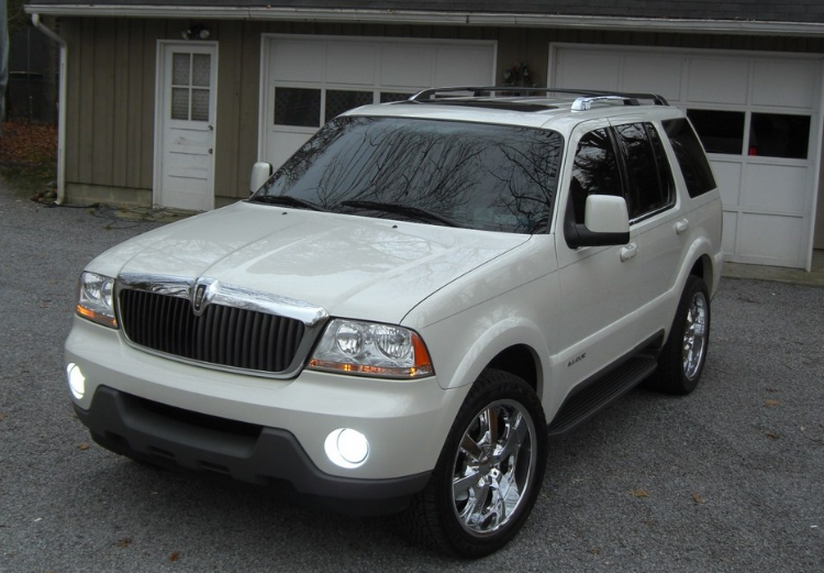 2003 Lincoln Aviator Owners Manual