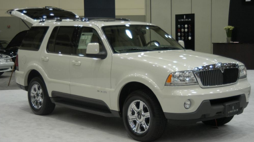 2004 Lincoln Aviator Owners Manual