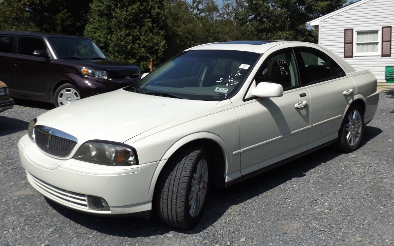 2004 Lincoln LS Owners Manual