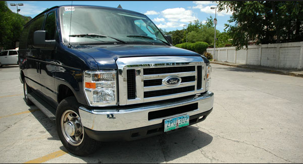 2010 Ford E150 Owners Manual