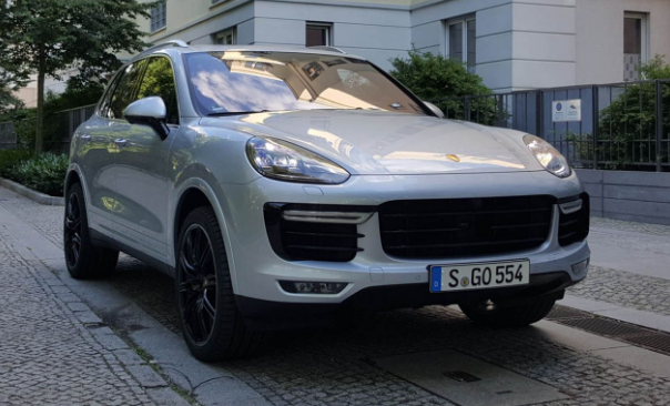 2016 Porsche Cayenne Owners Manual