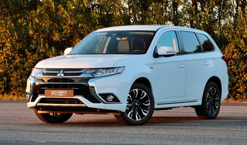 2018 Mitsubishi Outlander PHEV Owners Manual