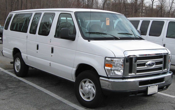 2009 Ford E350 Super Duty Owners Manual