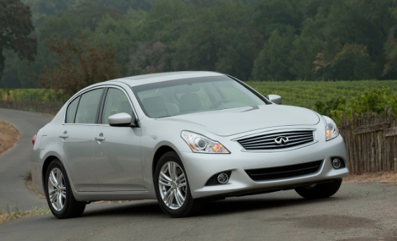 2012 Infiniti G37 Owners Manual and Concept