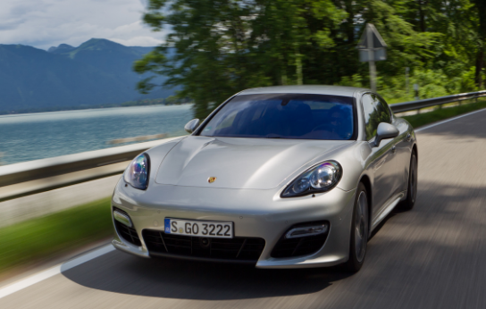 2012 Porsche Panamera Turbo S Owners Manual