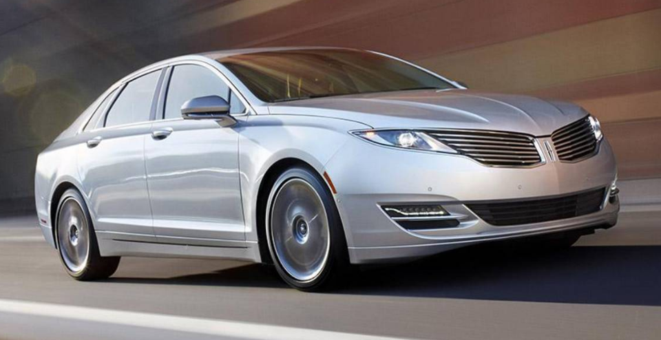2013 Lincoln MKZ Hybrid Owners Manual