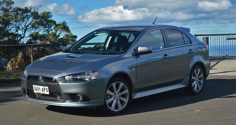 2013 Mitsubishi Lancer Sportback Owners Manual