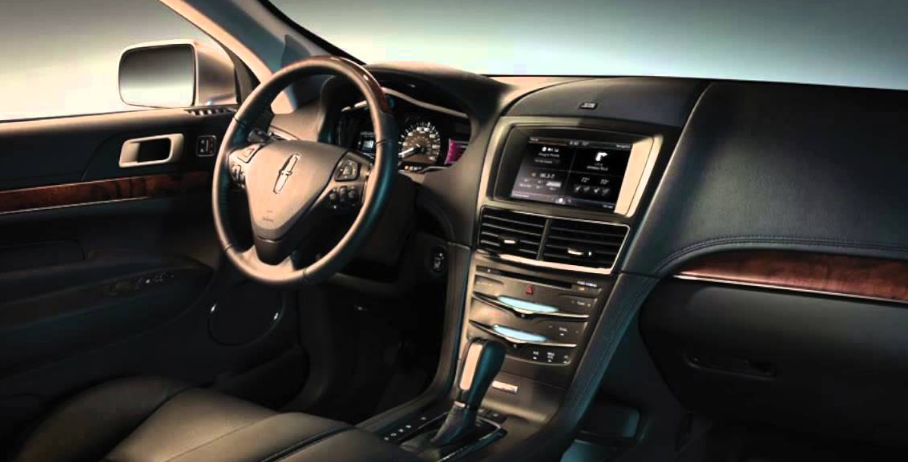 2014 Lincoln MKT Interior and Redesign