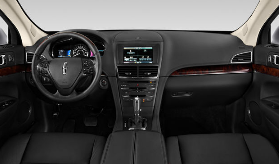 2016 Lincoln MKT Interior and Redesign