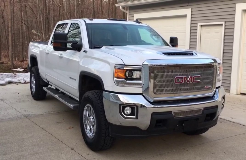 2017 GMC Sierra 2500 Owners Manual