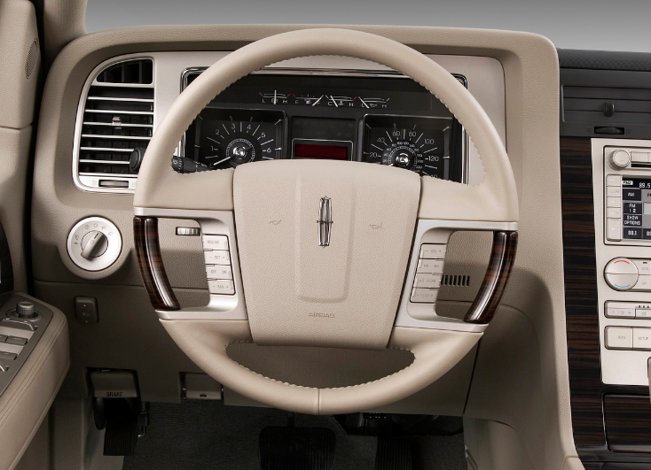 2009 Lincoln Navigator Interior and Redesign