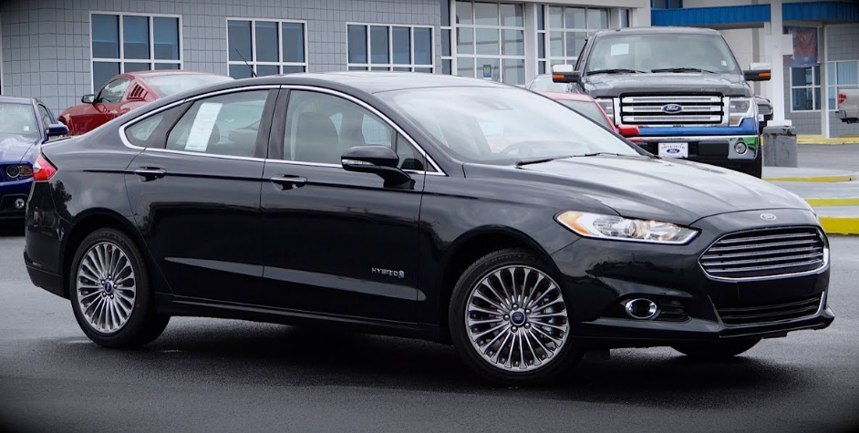 2014 Ford Fusion Hybrid Owners Manual