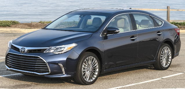 2017 Toyota Camry Hybrid Owners Manual