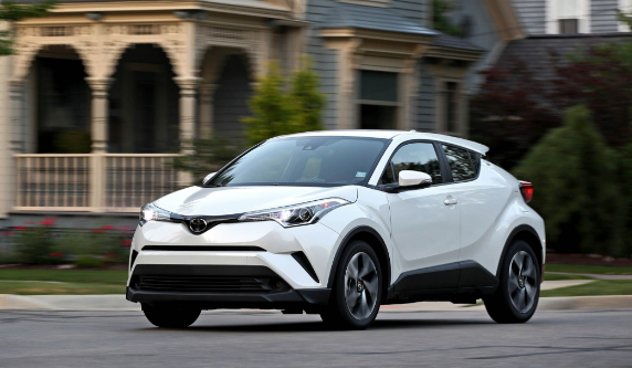 2018 Toyota C-HR Owners Manual