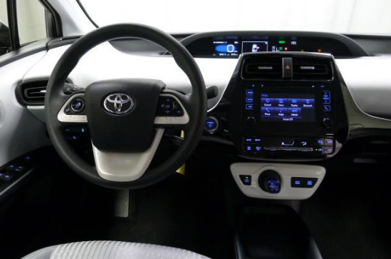 2018 Toyota Prius Interior and Redesign