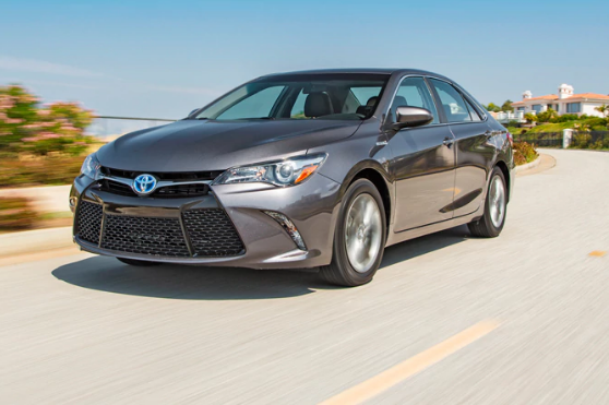 2015 Toyota Camry Hybrid Owners Manual