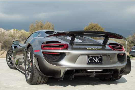 2015 Porsche 918 Spyder Review