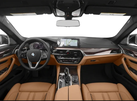 2018 BMW 5-Series Interior