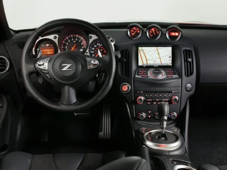 2019 Nissan 370Z Coupe Interior