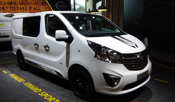 2020 Nissan NV200 Owners Manual