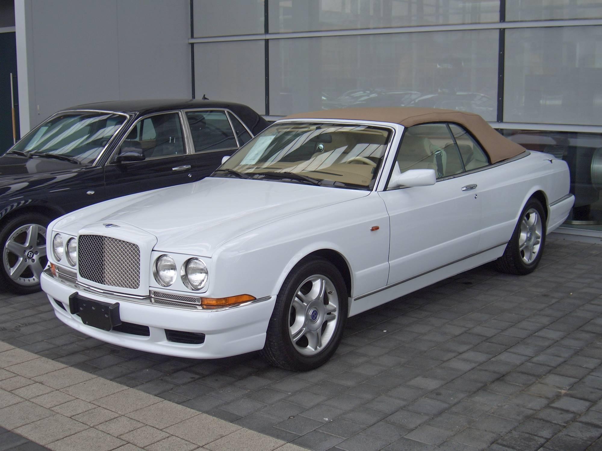 2002 Bentley Continental Owners Manual