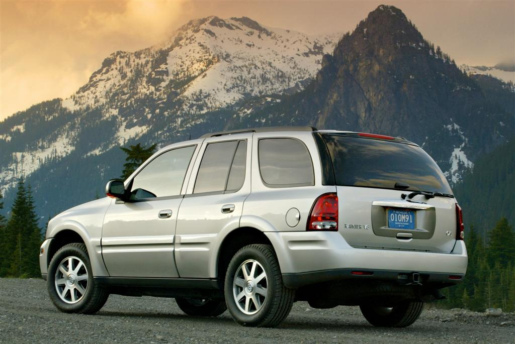 2005 Buick Rainier Pictures History Value Research