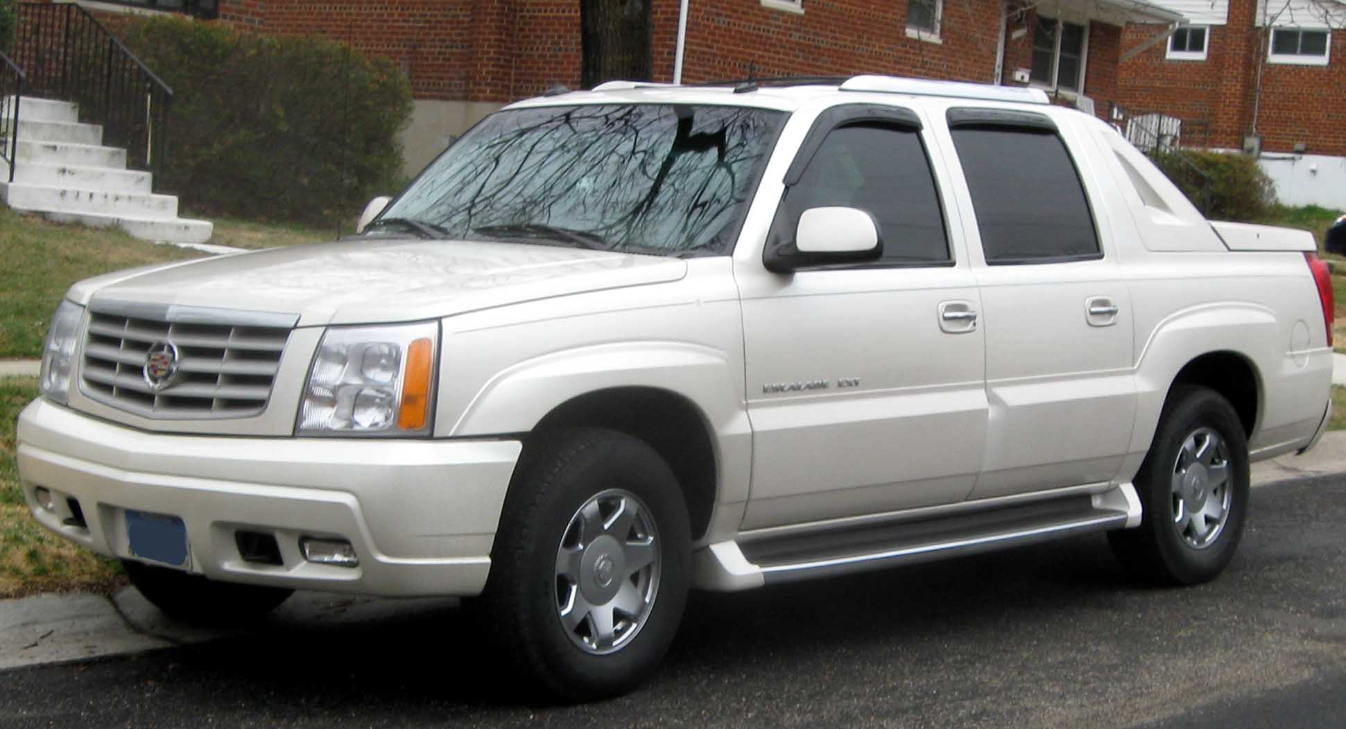 2006 Cadillac Escalade EXT Owners Manual