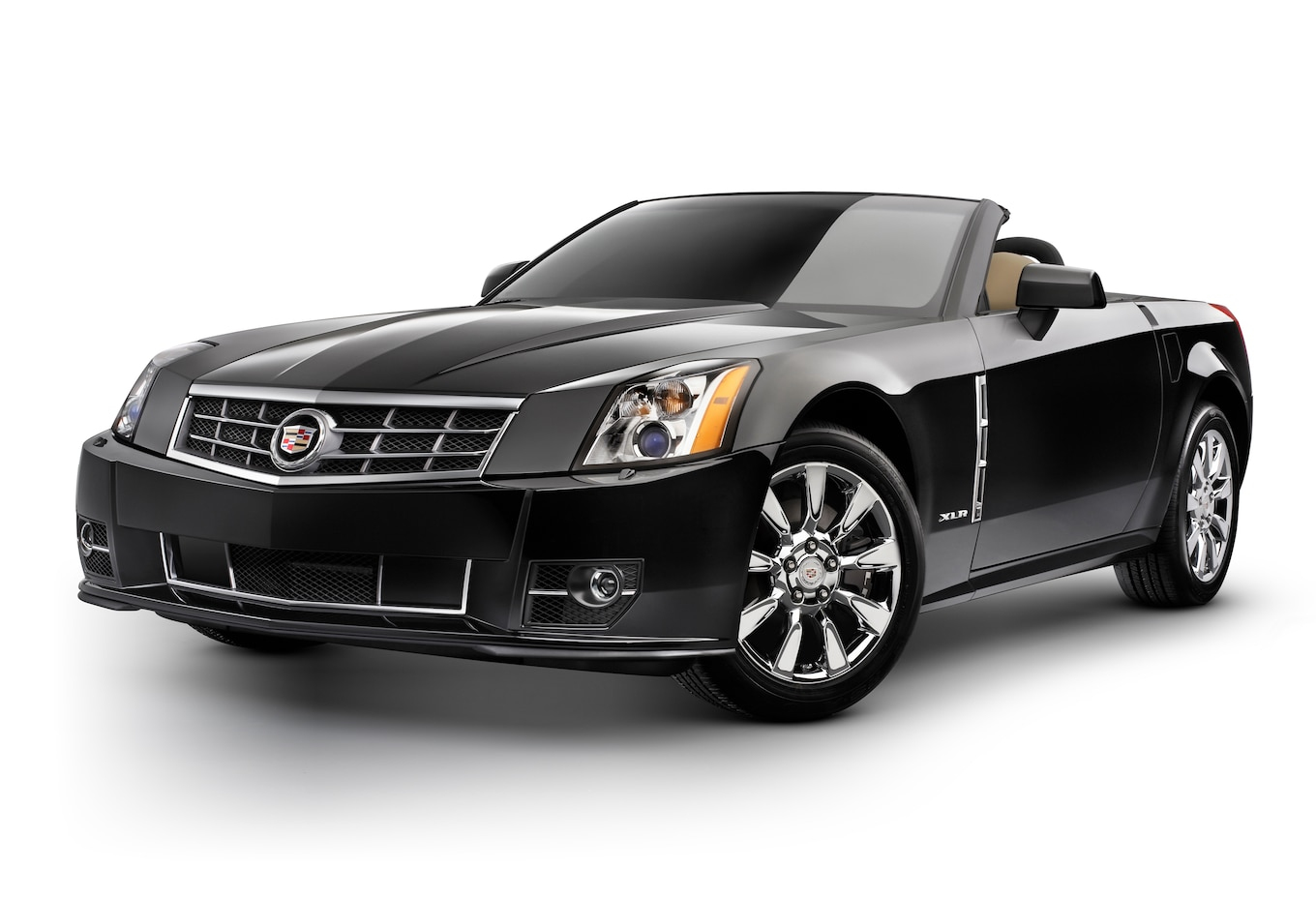 2009 Cadillac XLR Unveiled With Updated Styling Features