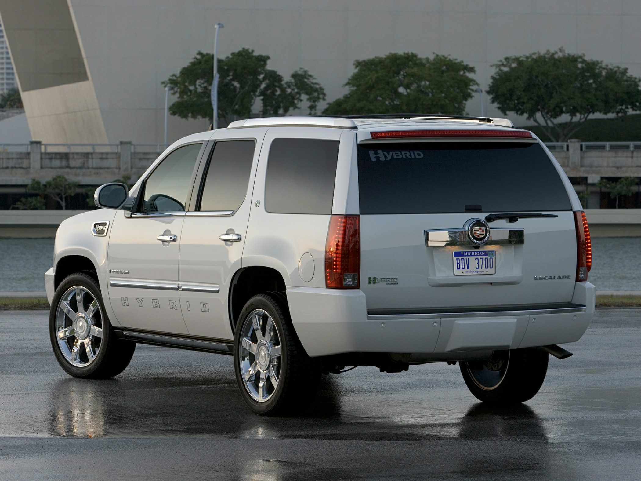 2011 Cadillac Escalade Hybrid Price Photos Reviews