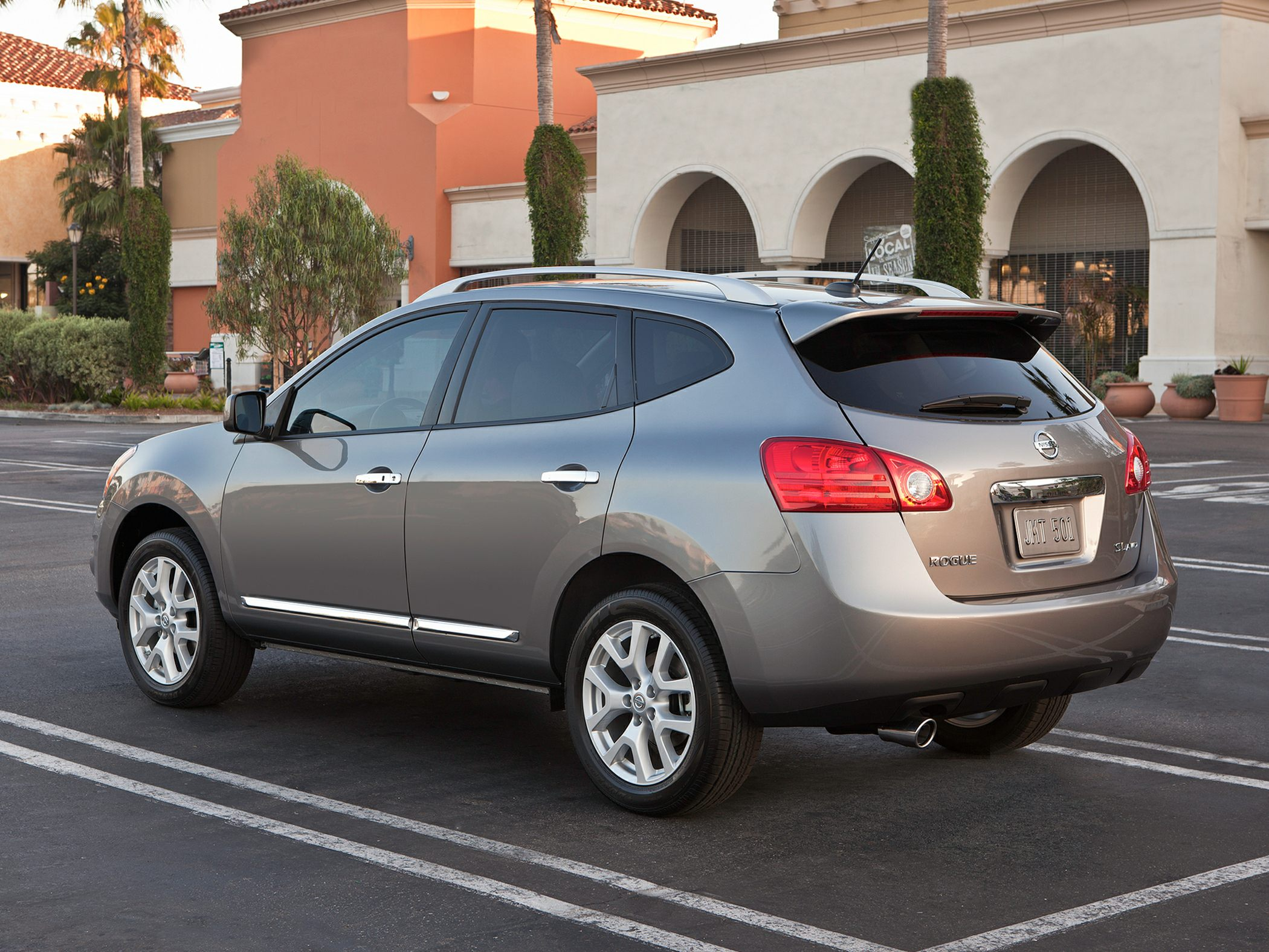 2013 Nissan Rogue Price Photos Reviews Features