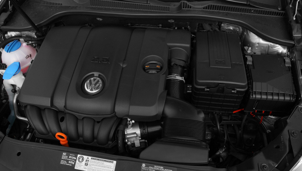 2011 Volkswagen Golf Engine
