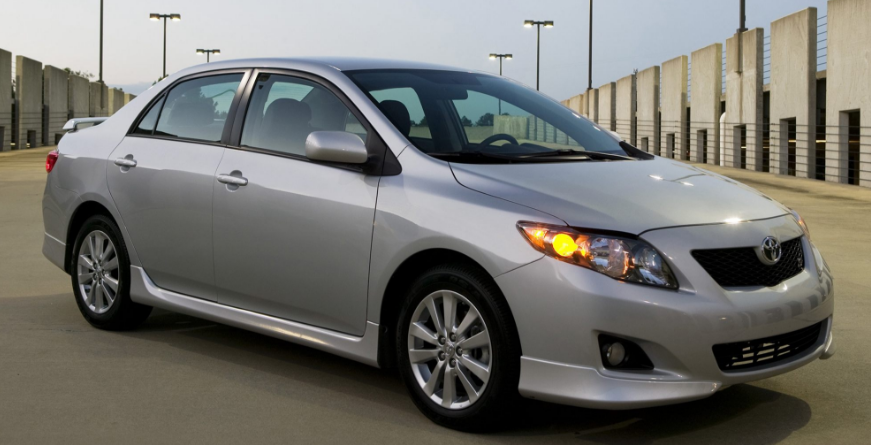 2010 Toyota Corolla Owners Manual